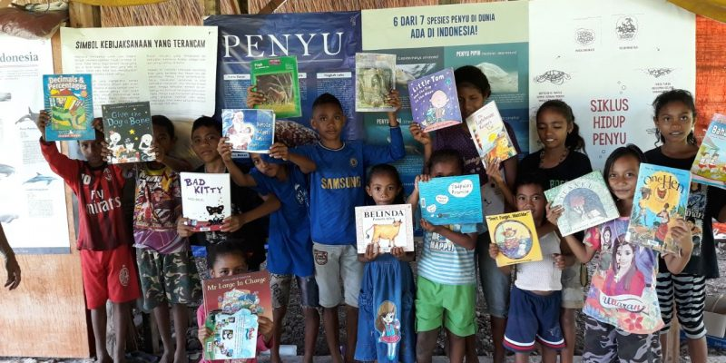 Kids learn the value of marine conservation, Flores, Indonesia.
