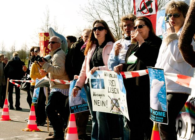 Ric and demonstrators at Connyland in Switzerland