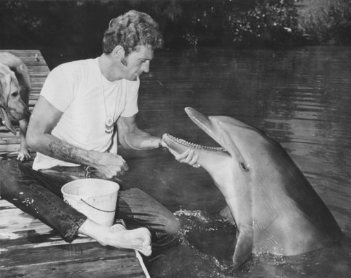 Ric O'Barry and Kathy, one of the 'Flipper' dolphins, 1968